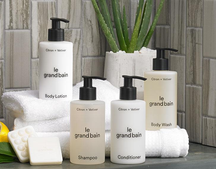 Exclusive Sheraton Le Grand Bain Shop Exclusive Hotel